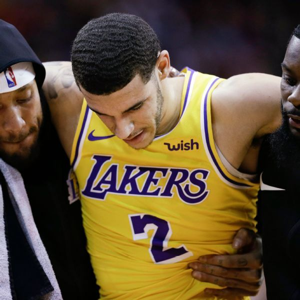 Lakers' Lonzo Ball dealing with bone bruise in ankle that could delay return