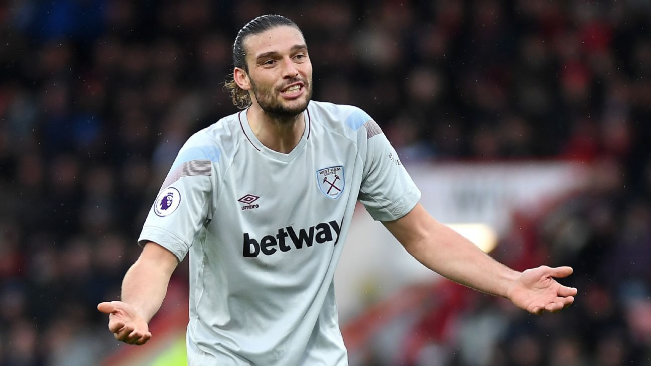 Transfer Talk: Tottenham turn to West Ham's Andy Carroll amid injury crisis