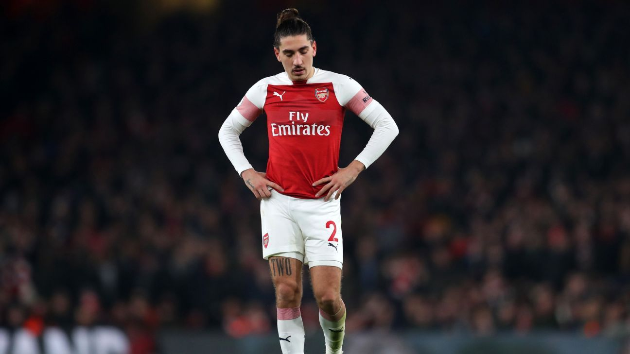 Arsenal defender Bellerin out up to nine months after anterior cruciate ligament rupture