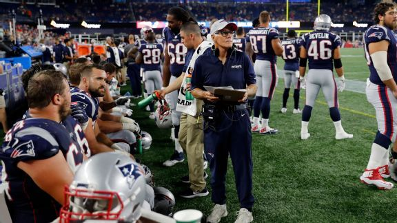 Meet the Patriots' Dante Scarnecchia: The 'greatest' O-line coach in history
