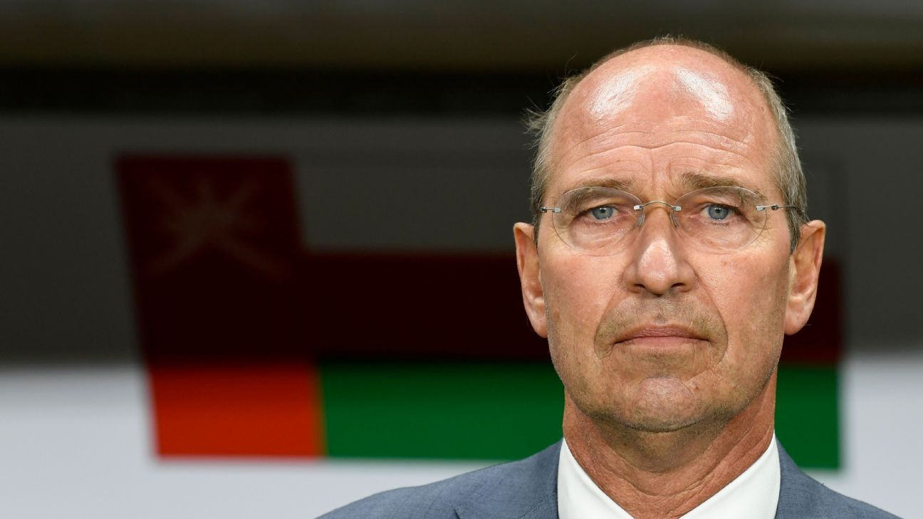 Pim Verbeek quits Oman, calls time on managerial career