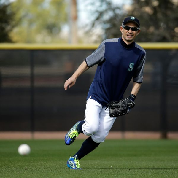 Ichiro Suzuki back in Mariners camp at 45 with chance to play at home