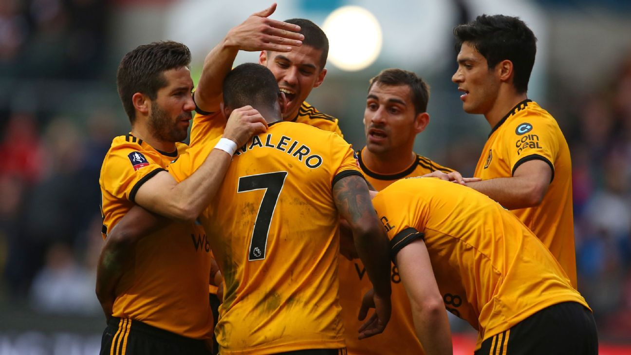 Ivan Cavaleiro goal sneak Wolves past Bristol City in FA Cup
