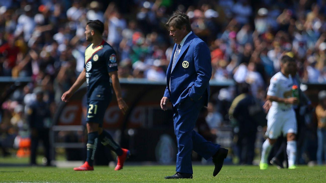 'Piojo' Herrera acusa burla de reportero tras derrota ante Pumas