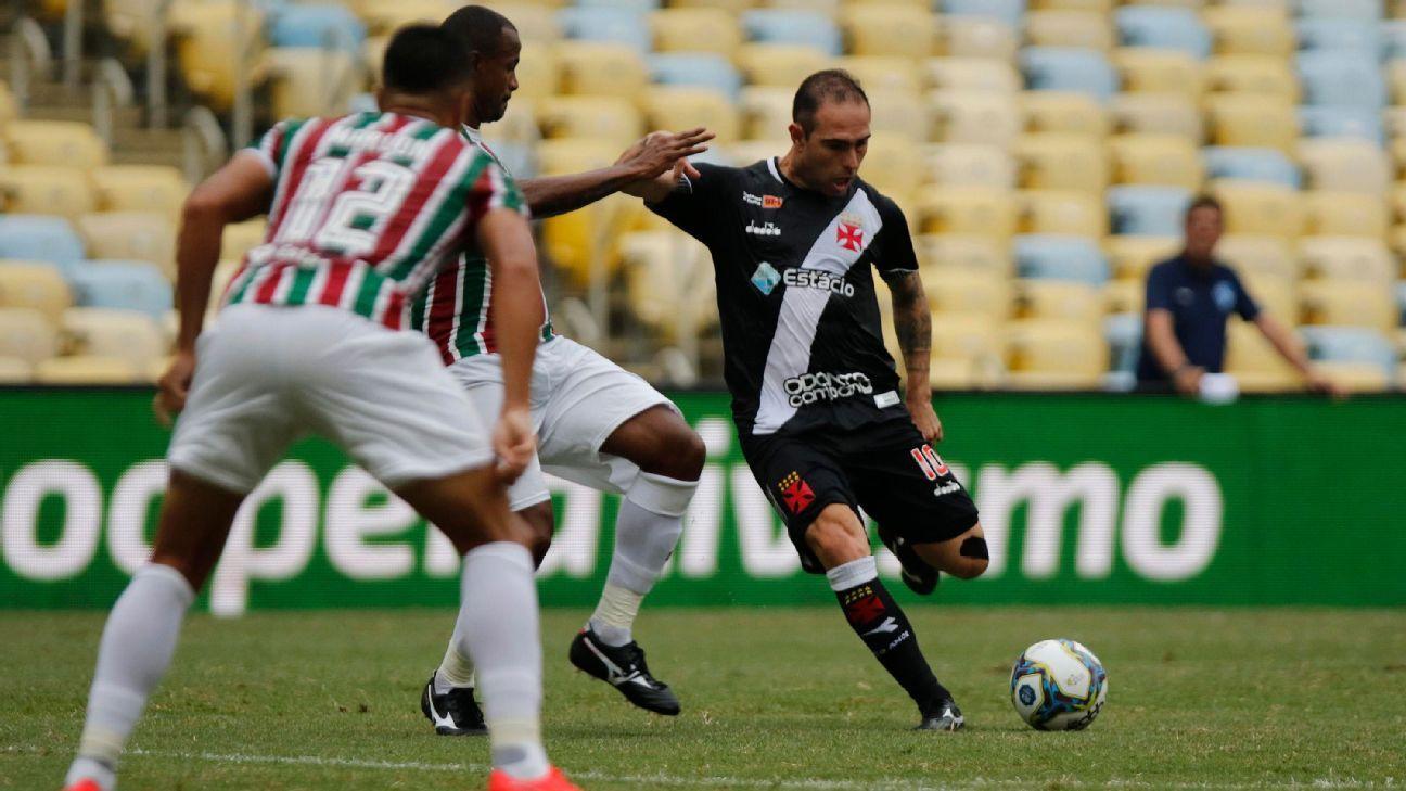 Danilo Barcelos, do Vasco, admite gol 'sem querer' e diz: 'Joguei sem saber como estava minha família'
