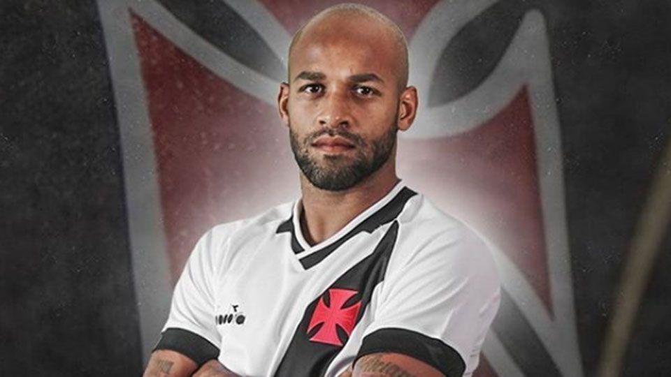 Fellipe Bastos pede desculpas, Vasco repudia preconceito e diz que vai discutir caso internamente
