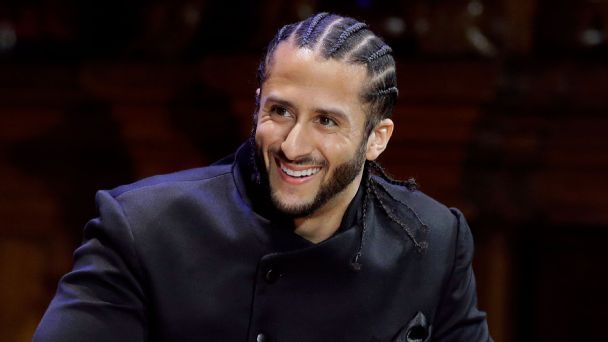 The pros and cons of the Panthers adding Colin Kaepernick