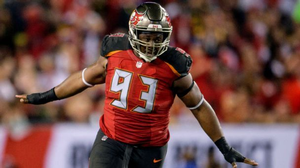 Should the Buccaneers trade, keep or cut Gerald McCoy?