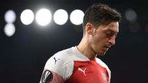 Mesut Ozil's decline shows football's No. 10s are a dying breed