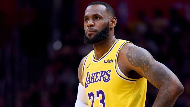 LeBron thrives in this uncomfortable sprint to playoffs
