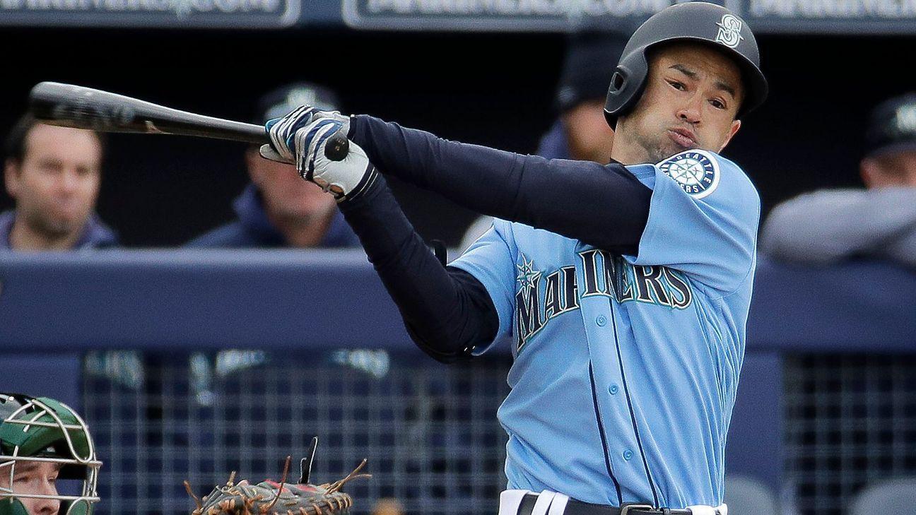 Ichiro inicia quizá su última pretemporada con hit productor para Marineros