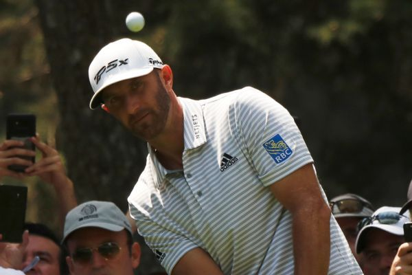 Dustin Johnson overcomes tree trouble for 4-shot lead in Mexico