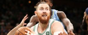 Source: Aron Baynes traded from Celtics to Suns