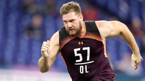 Vikings thin on OL free-agent options, but overspending isn't right move