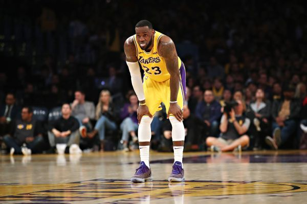 Lakers officially miss playoffs for sixth season in row