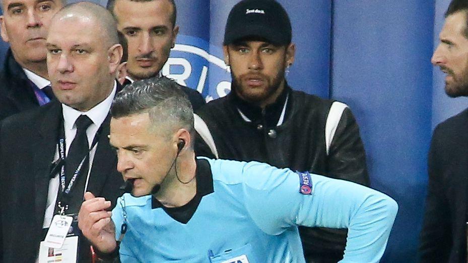 La UEFA acusa a Neymar por su 'ataque' a los árbitros