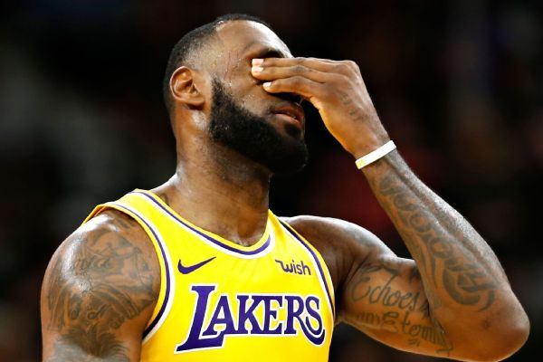 LeBron to sit out vs. Bucks with groin injury