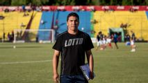 Shooting victim Cabanas returns to coach in Mexico