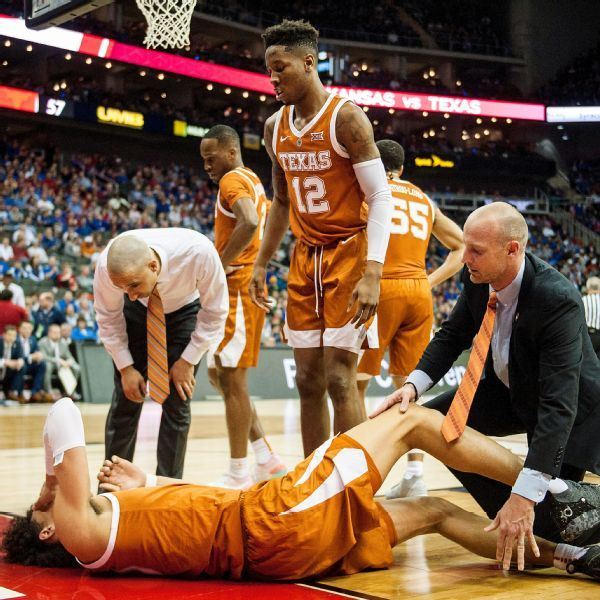 Texas lottery prospect Hayes has bruised knee