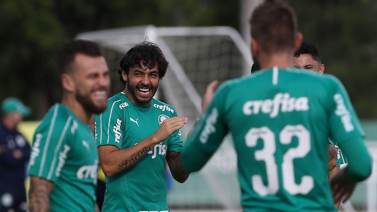 Goulart explica saída do Palmeiras: 'Questão salarial irrecusável'