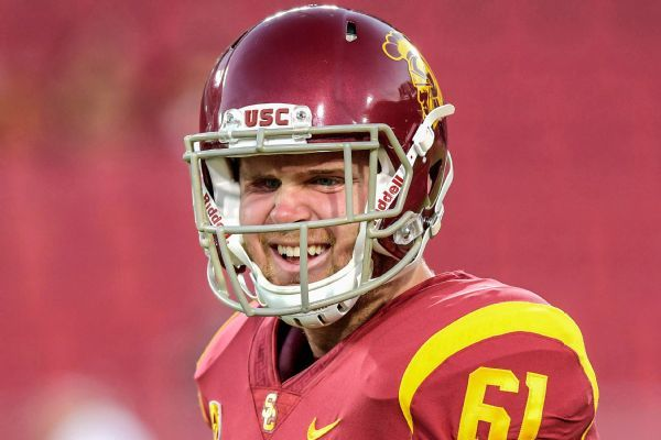 Blind LS Olson participates at USC pro day