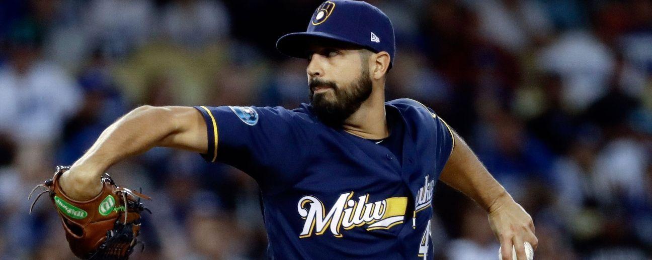 Fuentes: Brewers firma al pitcher Gio González