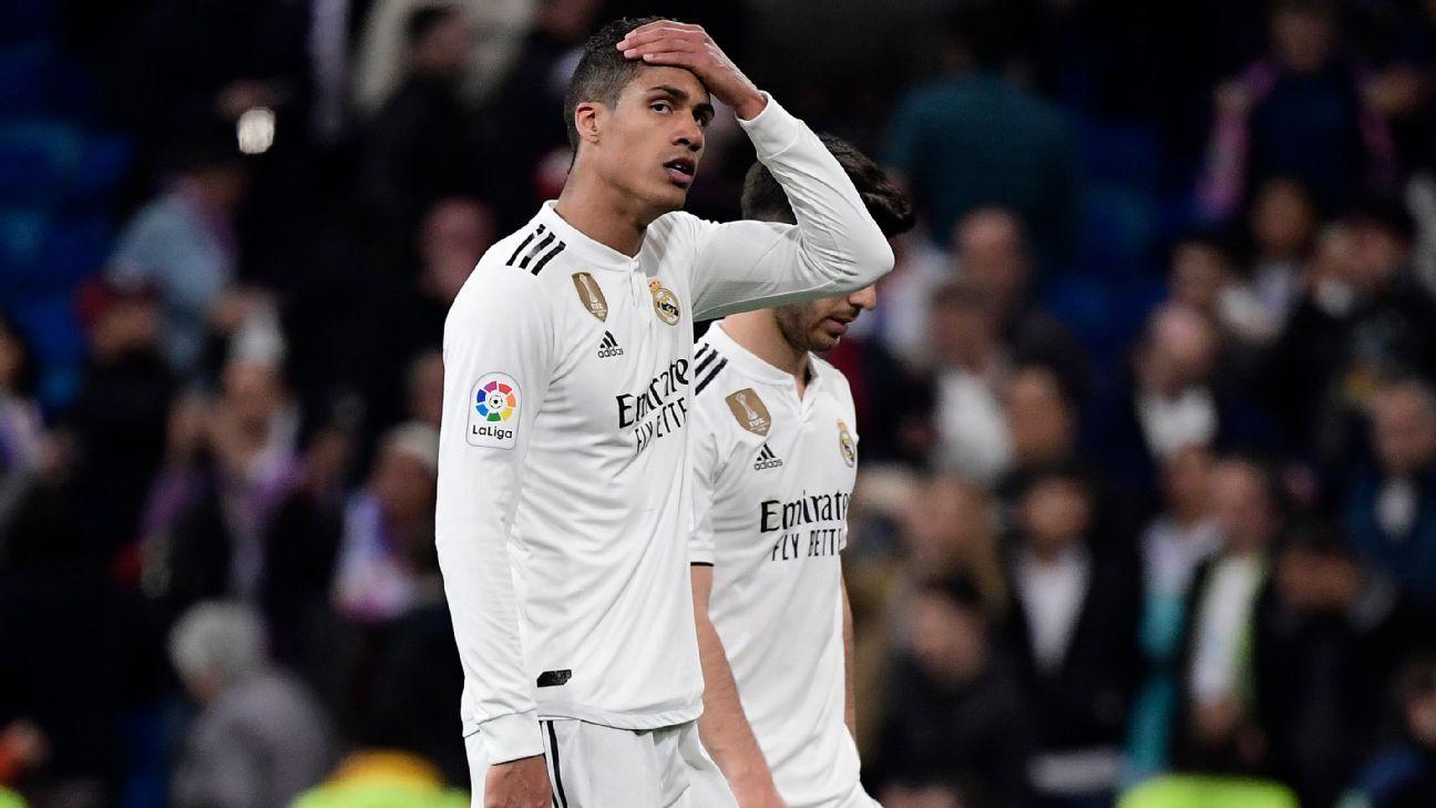 Varane admite temporada 'complicada' no Real Madrid, evita falar do futuro e elogia Mbappé: 'um jovem ET'