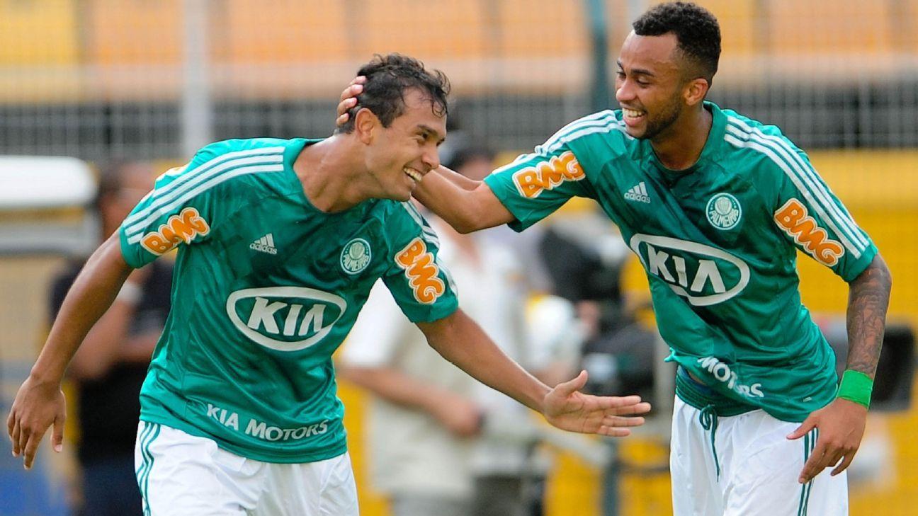 Wesley e Vinícius, ex-Palmeiras, assinam com o Criciúma
