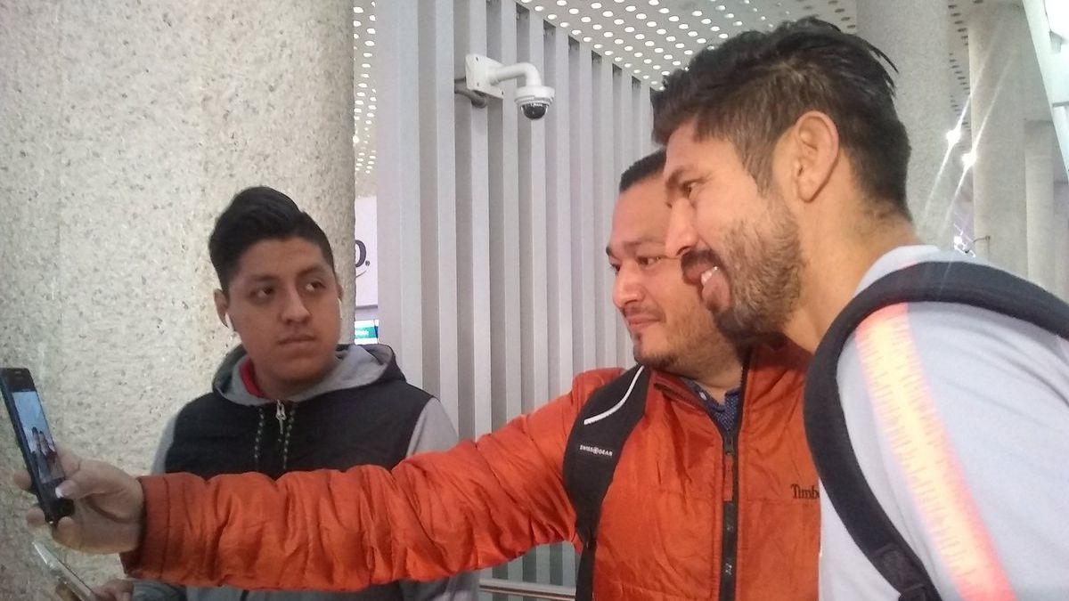 Oribe Peralta podría reaparecer con América en amistoso
