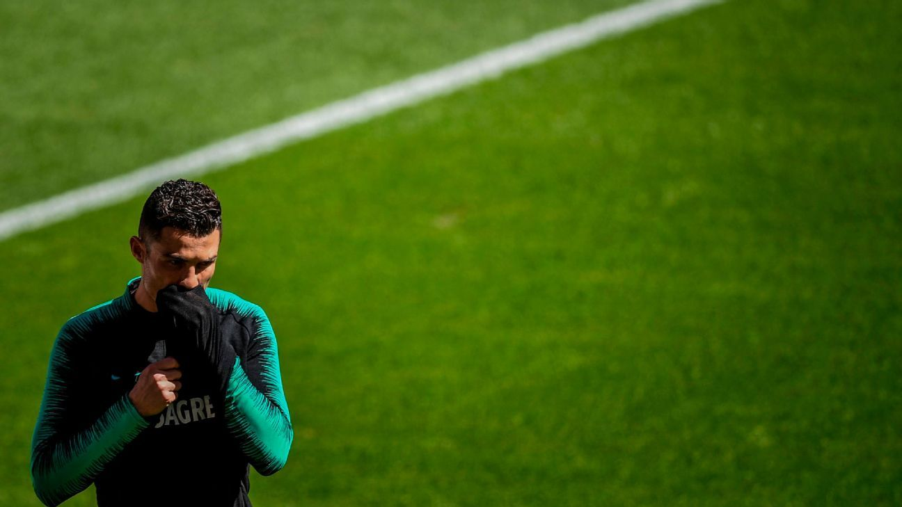 Hacker que filtró escándalo de Ronaldo llega extraditado a Portugal
