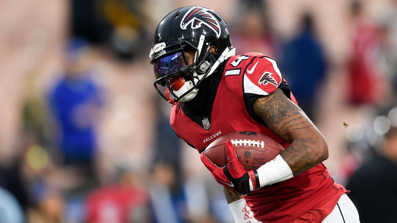 Los Atlanta Falcons recontratan al receptor Justin Hardy