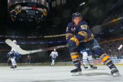 Sabres' Skinner welcomes higher expectations