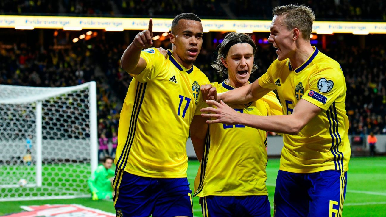 Classy Quaison steers Sweden to 2-1 win over Romania
