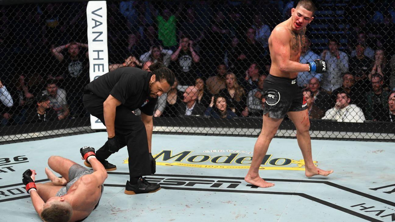 UFC tem nocaute surreal de ex-campeão e brasileiro vencendo compatriota para ficar perto de cinturão