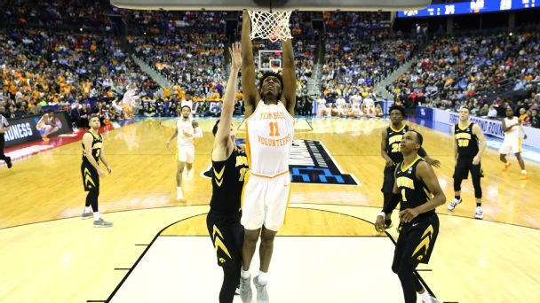 Kyle Alexander, Tennessee's hidden gem, fuels OT win
