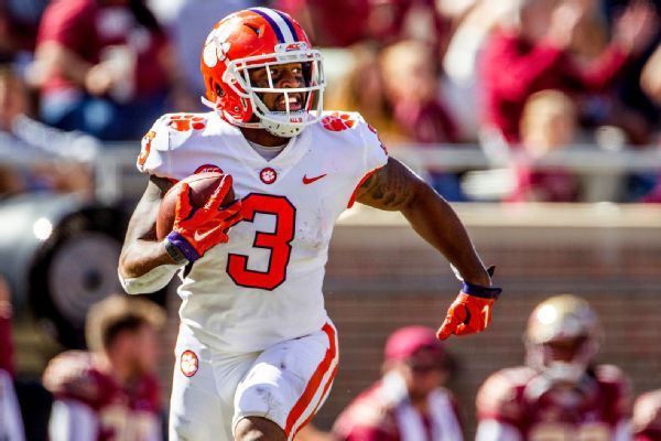 Clemson WR Rodgers suffers leg injury