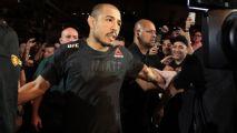 Jose Aldo deixa outros planos de lado e renova contrato com o UFC
