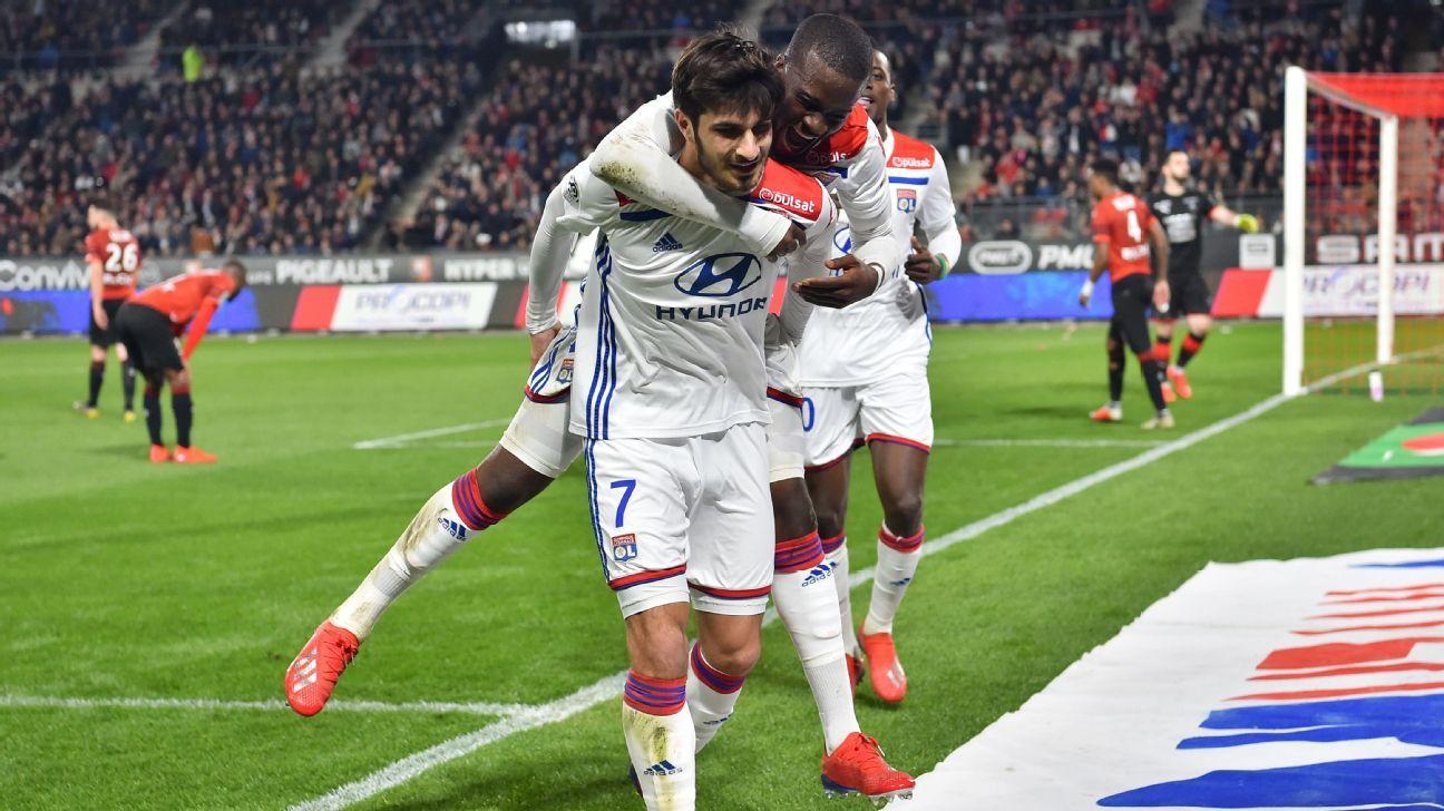 Lyon beat Rennes to boost coach Genesio's job prospects
