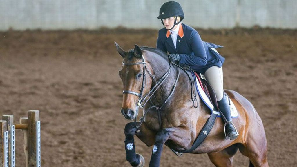 Auburn Equestrian Clubhouse Latest Headlines Standings