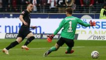 Filip Kostic double sends Eintracht Frankfurt into fourth place