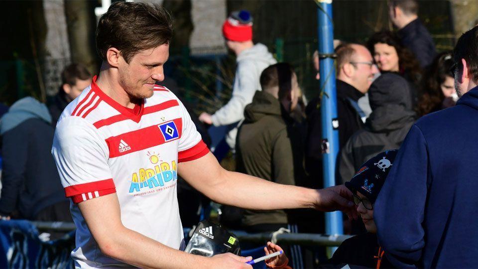 Hamburgo conta com presidente/jogador e sonha com 1º título em 32 anos