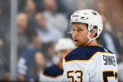 Skinner stays with Sabres on 8-year, $72M deal