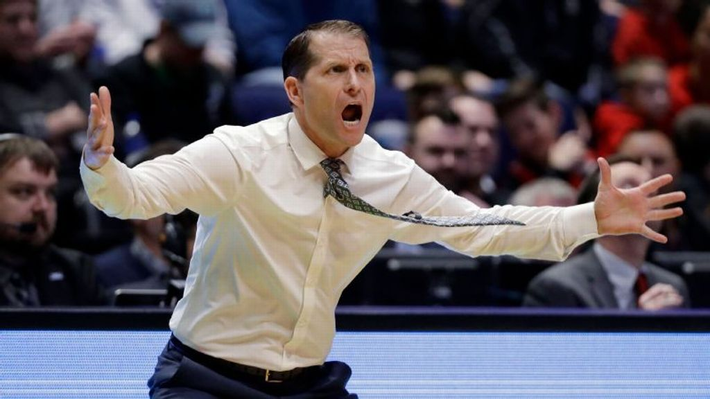 Arkansas names Musselman men's head coach
