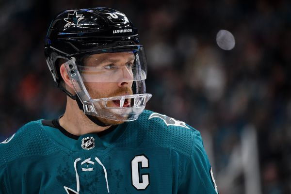 Sharks' Pavelski takes scary fall after Eakin hit