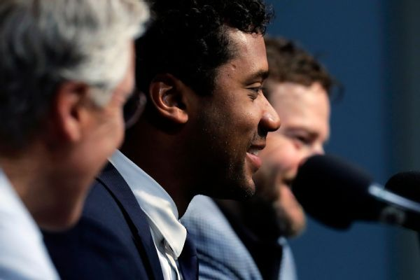 Wilson: No-trade clause 'sealed' Seahawks deal