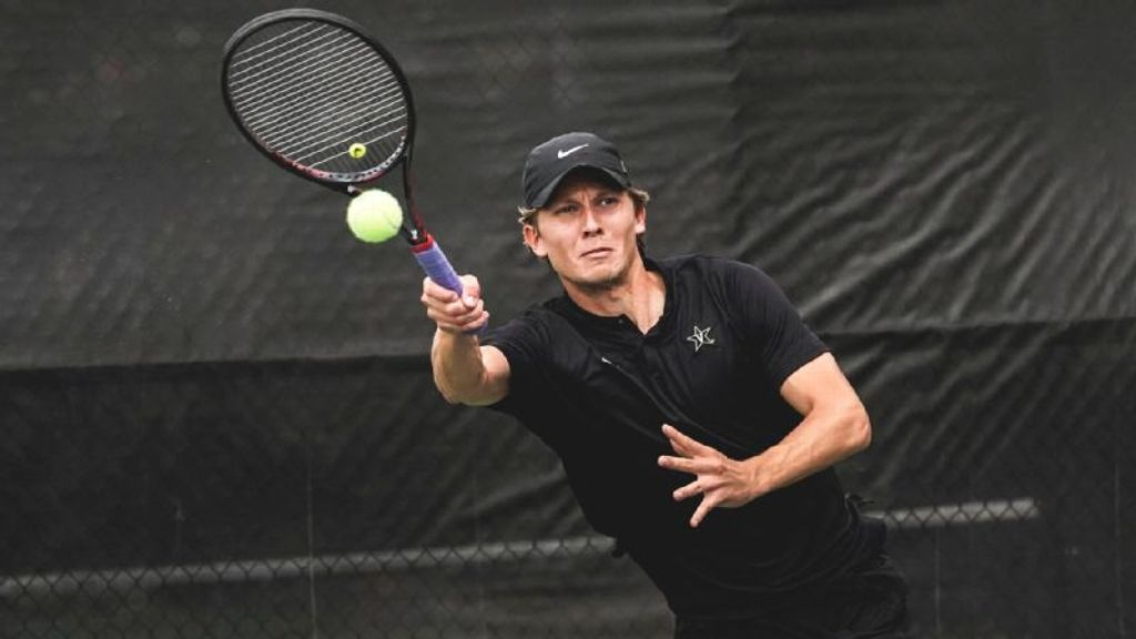 Vanderbilt knocks off Kentucky 4-3