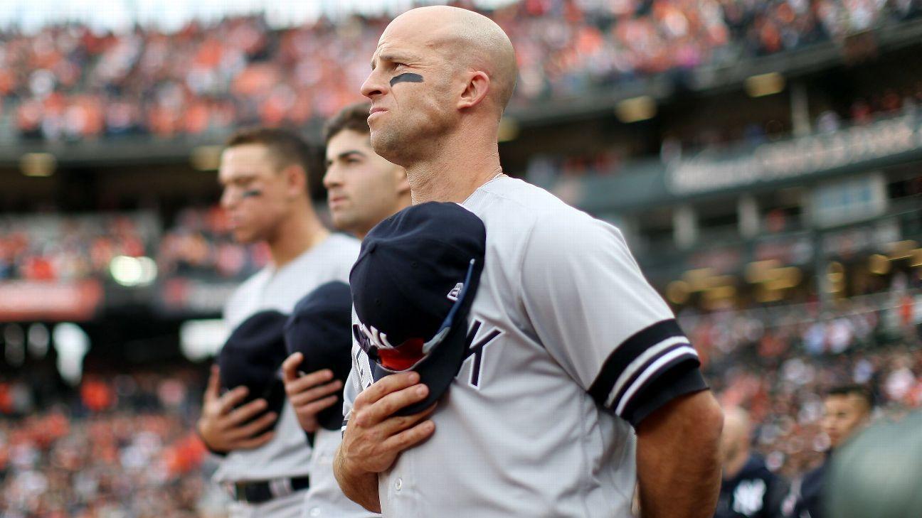 Yankees no tocarán 'God Bless America' mientras investigan acusación contra su intérprete