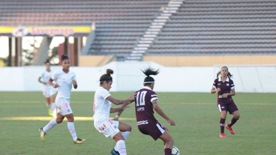 Santos vence a Ferroviária e assume a liderança do Brasileiro feminino