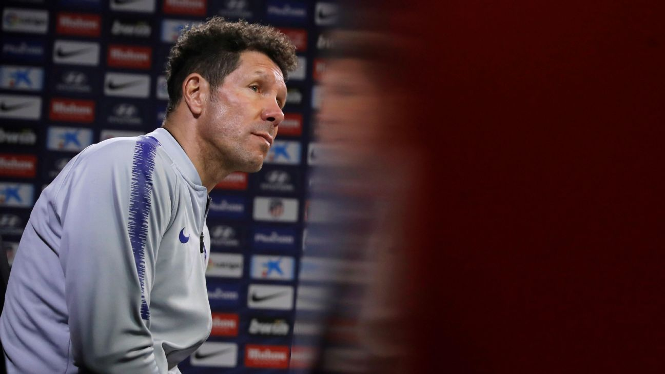 """Simeone promete luchar """"hasta el último suspiro"""" por alcanzar al Barcelona"""