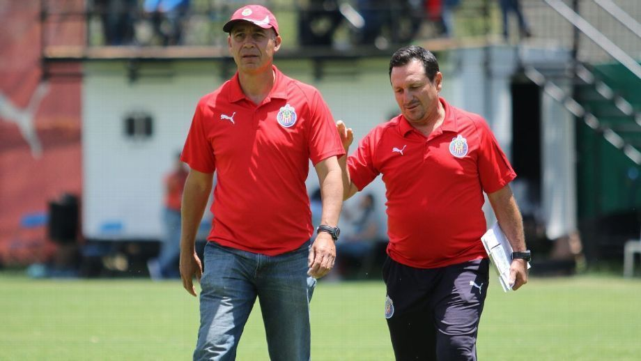 'Apesar de serem mulheres, jogam muito bem', diz técnico de equipe mexicana